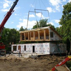 Loft in Hampton, setting crane
