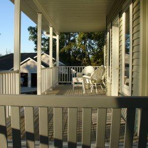 Mapleton in Decorah, porch