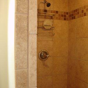 Lakewood in McGregor, shower