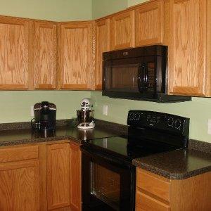 Cavalier in Decorah, kitchen