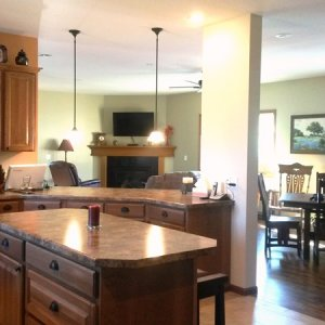 Cambridge in Cresco, kitchen and living room