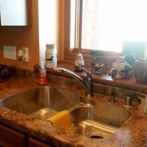 Cambridge in Cresco, kitchen sink