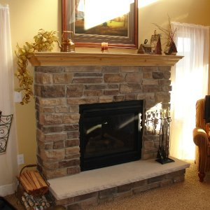 Chalet in Detroit Lakes, fireplace